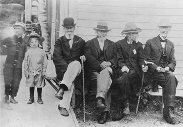 Donald and Bernard Berigan with some Civil War veterans, Fox Lake, WI, summer 1912. Bunny was not quite four years old when this photo was taken.